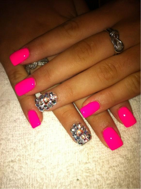 Neon Wedding One Nail Different Color Trend 1122245 Weddbook