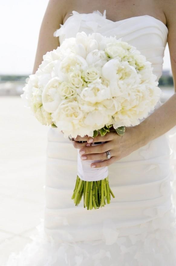 wedding photo - Beautiful White Wedding Bridal Bouquet