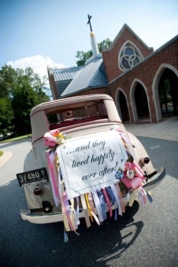 Lovely wedding car decorations classic getaway wedding for Antique car decor