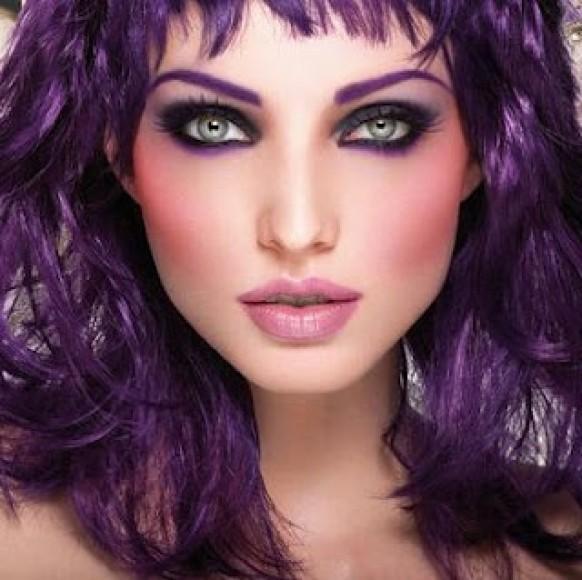 Ультрафиолет – модный цвет волос