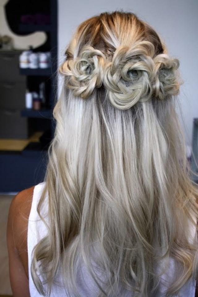 Flower Braid Wedding Hairstyle For The Bride 2039815