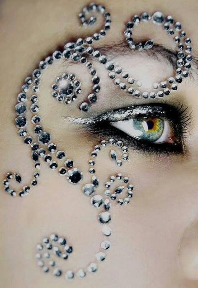 Фото стразы для макияжа глаз фото