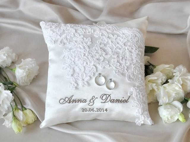 Wedding Ideas - Pillow #2 - Weddbook