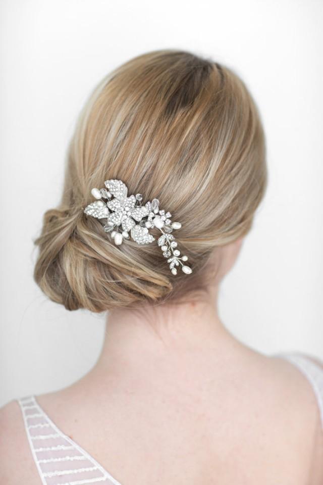 Pearl Cluster Wedding Earrings, Bridal Stud Earrings, Swarovski Crystal and Pearl Cluster Earrings, Statement Wedding Bridal Jewelry, TASMIN $
