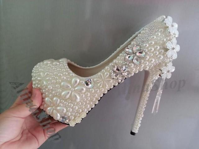 Shoes Style Inspiration Tips amp Trends 2019  Davids Bridal