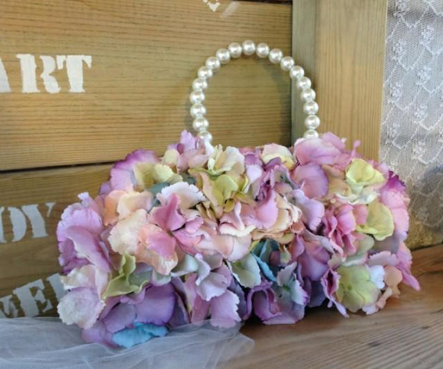wedding photo - Stylish Bridal Bag Plus Bouquet