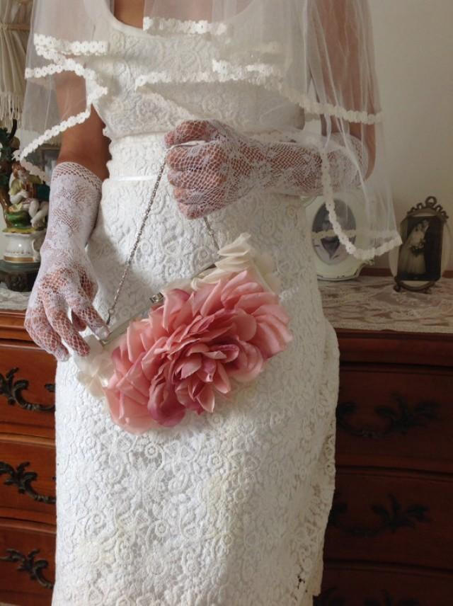 wedding photo - Bridal Bouquet And Bag With Silk Flowers
