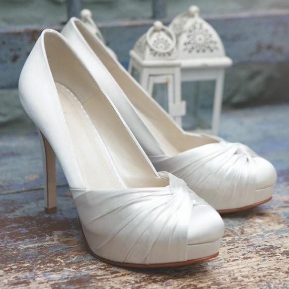 شوزات للبنات حكايه شوزات للعروس, shoes.jpg