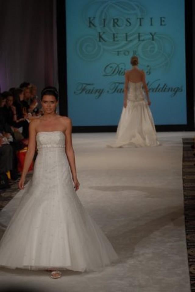 Kirstie Kelly For Disney S Fairy Tale Weddings 795098