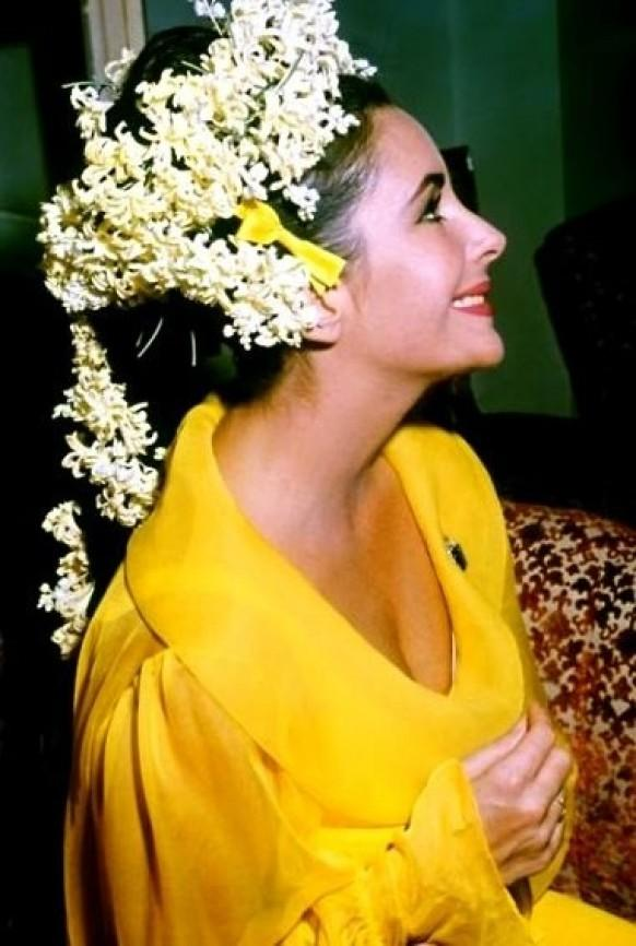 The 8 Wedding Dresses & 7 Grooms of Elizabeth Taylor Features Post-War Random History Women in History