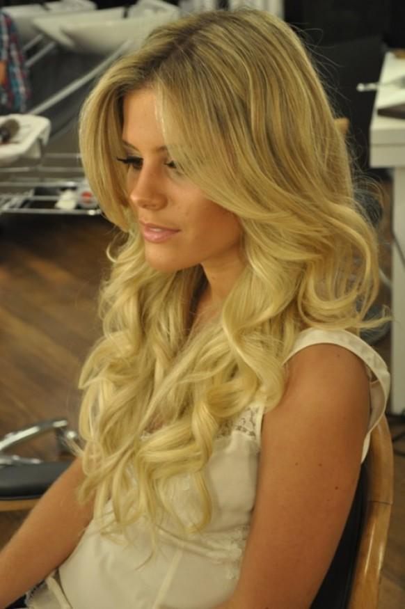 Glamour Wedding Hairstyles Long Shiny Curls Wedding Hair