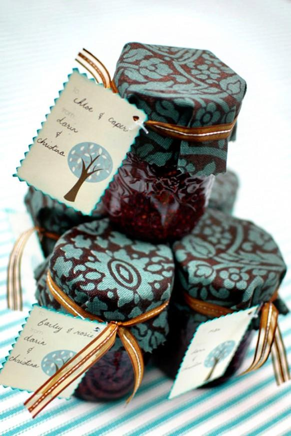 image of Unique Wedding Favor Ideas ♥ Creative Wedding Favor Ideas