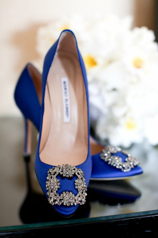 manolo blahnik hangisi wedding shoes