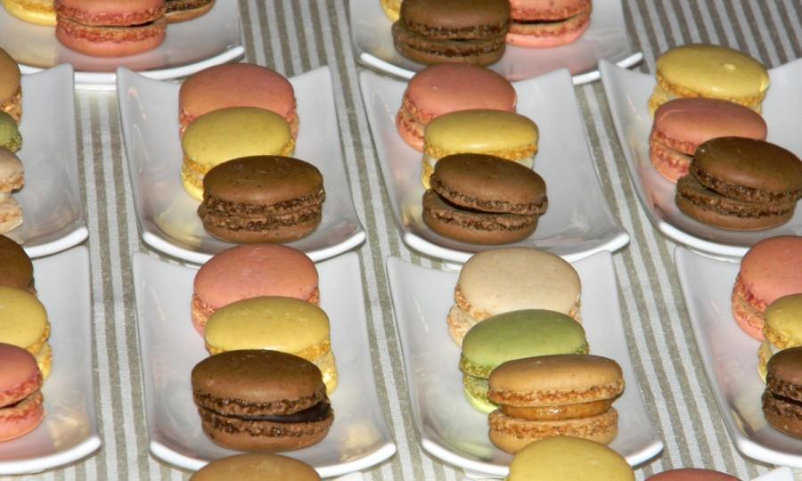 Macarons Dessert Mini Trio Catering Food Macaron 1862954 Weddbook