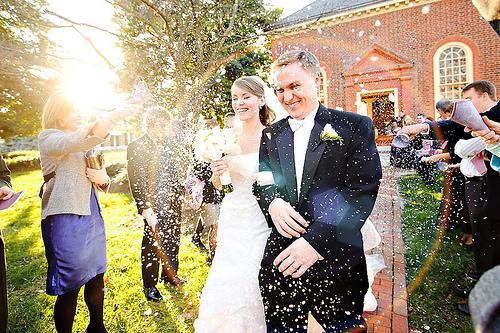 Свадьба - Я положил их в гигантский Любовь пузырь.