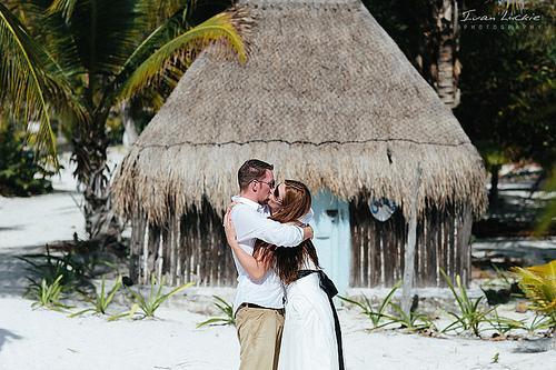 Wedding - Eva-Daniel - Underwater Wedding Photographer - Ivan Luckiephotography-11