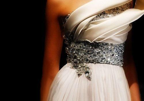 Wedding - Wedding Inspiration - The Dress