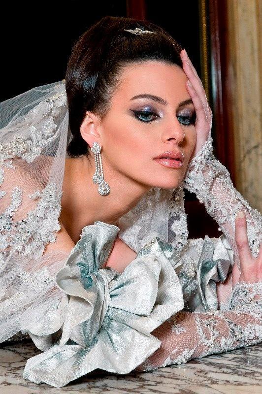 Свадьба - Pale Silver Blue Wedding Gown