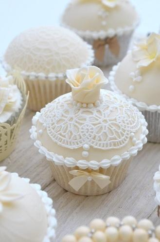 Wedding - Lovely Laced Cupcakes