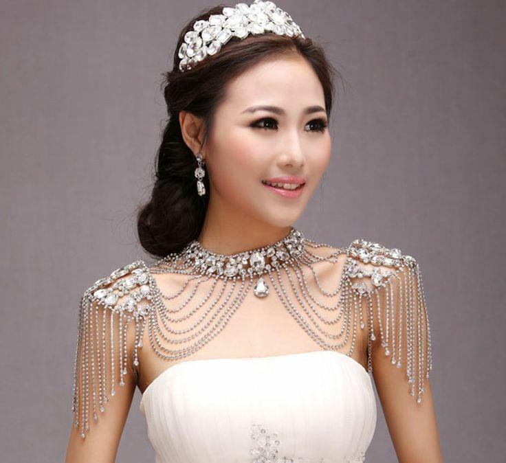 Эполеты на свадебных платьях