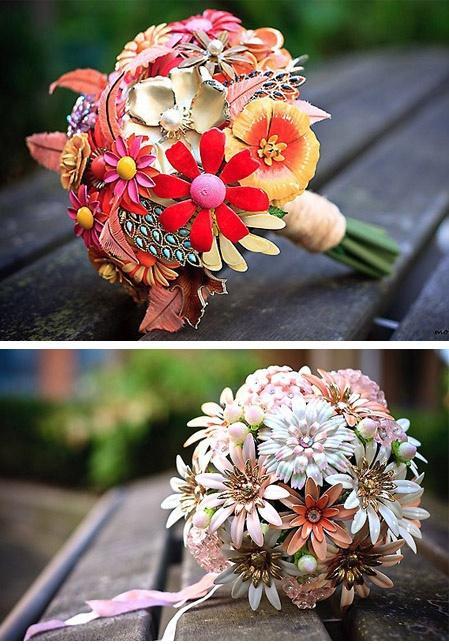 wedding bouquet vintage schmuck blumenstrau 2065993 weddbook. Black Bedroom Furniture Sets. Home Design Ideas