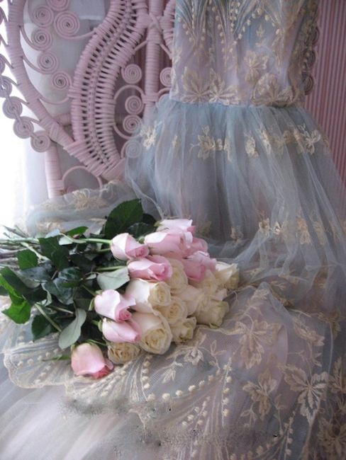 Wedding - Lace & Tulle!! Lovely!!