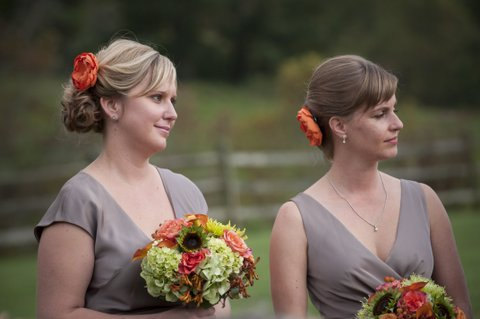 زفاف - Pumpkin Orange Bridal Flower Hair clip, Orange Wedding Hair Accessory, Orange Fascinator, Autumn Bridal Head Piece - New