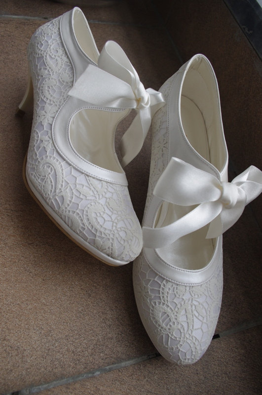 Mariage - Salsa dance LACE ivory wedding shoe designed specially #7011 - New