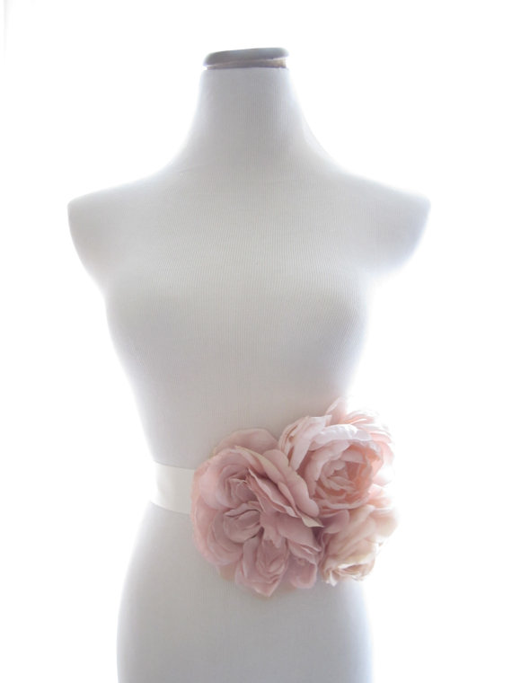 Mariage - Grand Garden Sash, Bridal Sash, Bridal Belt, Blush Pink - New