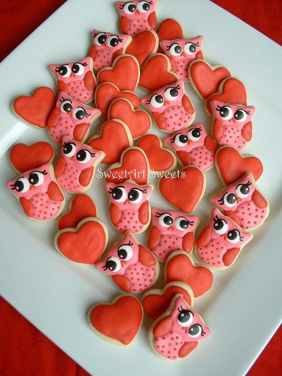 Mariage - Valentines day - Owl cookies and Hearts - Valentine Cookies - 2 dozen MINI cookies - FEATURED on Etsy Finds - New
