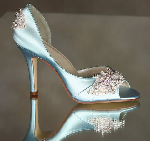 Hochzeit - Wedding Shoes - Starfish Destination Wedding - Choose From Over 100 Colors - Hand Beaded Hand Sewn Wedding Shoes - Couture Arbie Goodfellow - New