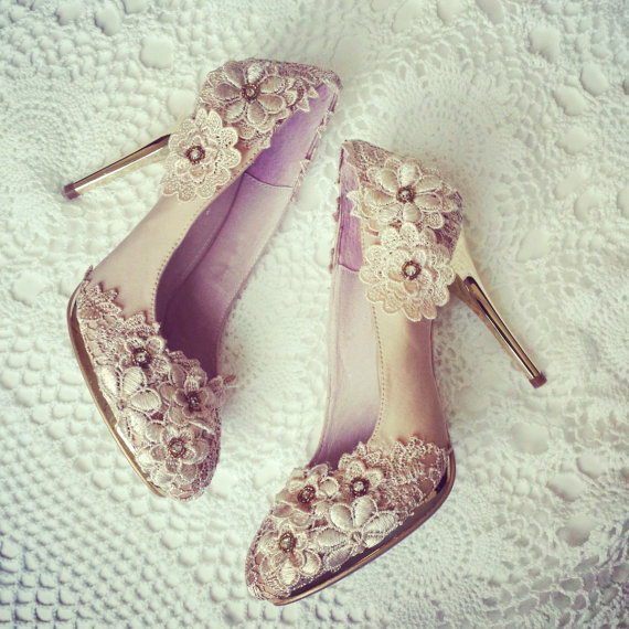 Mariage - Vintage Flower Lace Wedding Shoes