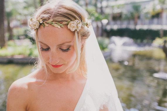 Mariage - White Gold Rose Floral Crown