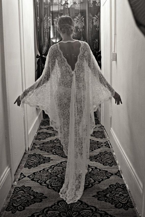 Hochzeit - Exclusive Embroidered French Lace Bridal Robe Nightgown