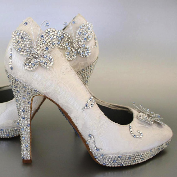 Mariage - Ivory Peeptoes with Lace And Rhinestone Details