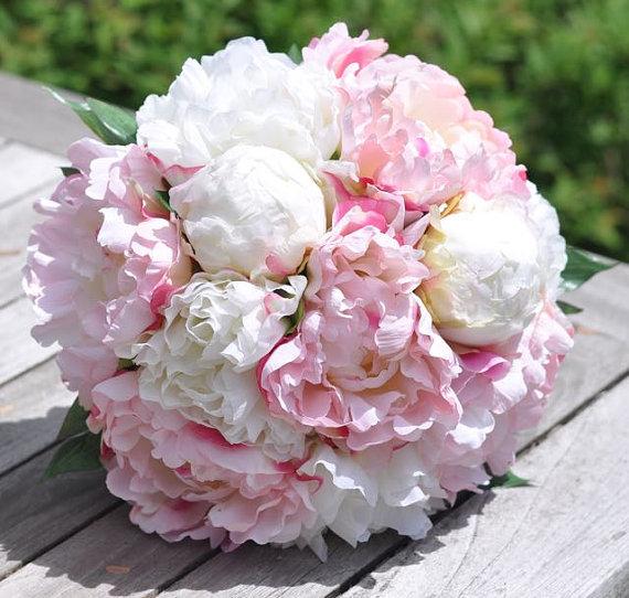 Hochzeit - Wedding Flowers, Wedding Bouquet, Keepsake Bouquet, Bridal Bouquet, Blush Pink, Coral and Ivory Peony silk flower bouquet. - New