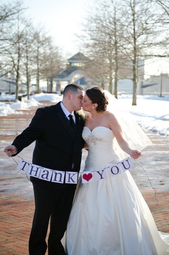 Hochzeit - Thank You Sign - Wedding Banner Photo Prop - Wedding Sign - Wedding Decoration - Black and Red - New
