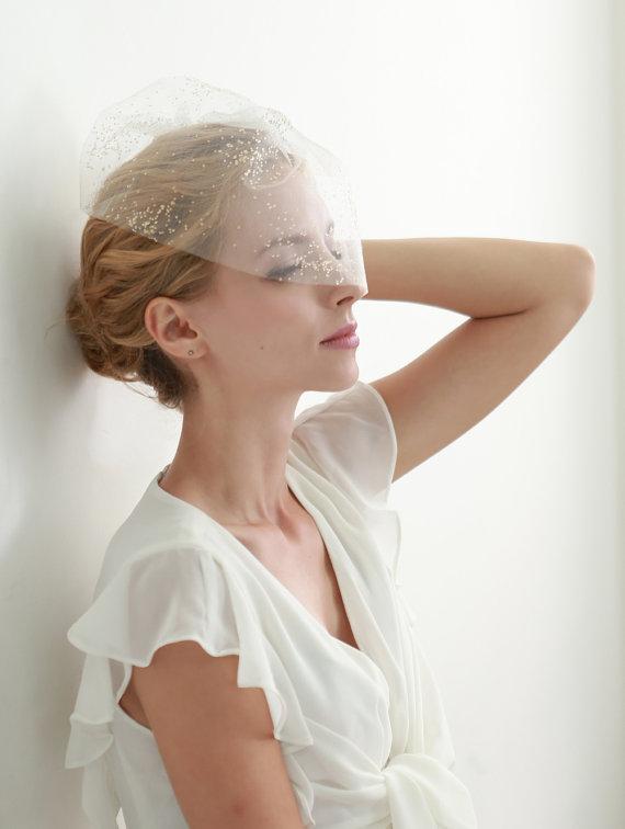Mariage - Gold wedding blusher, bridal birdcage veil, illusional tulle face veil, short veil   - style 304 - New