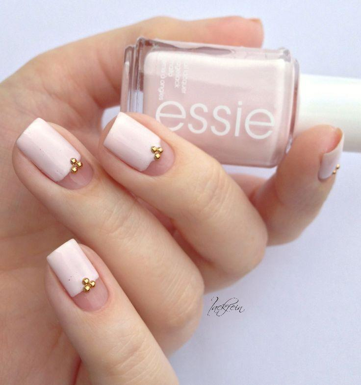 Свадьба - 17 Rose Quartz Nail Designs You Can Draw Inspiration From