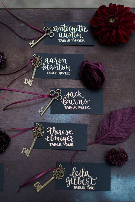 Mariage - Black And Gold Wedding Inspiration