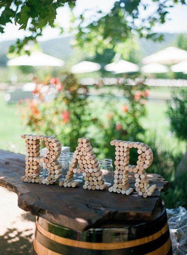 Hochzeit - DIY Budget Wedding Decor Projects
