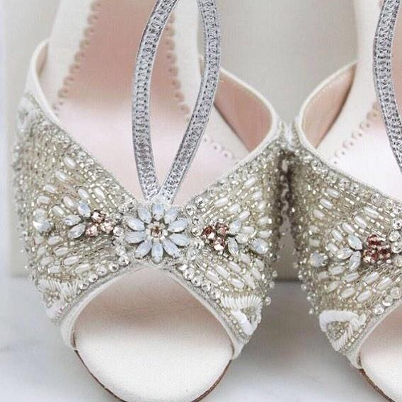 زفاف - Emmy Scarterfield