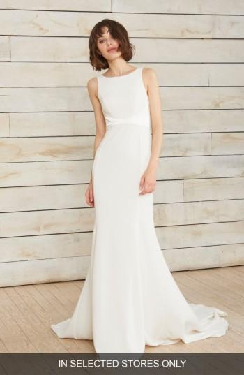 Wedding - nouvelle AMSALE Phillipa High Neck Crepe Gown