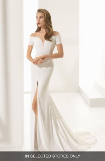 Mariage - Rosa Clara Padua Off the Shoulder Crepe Gown