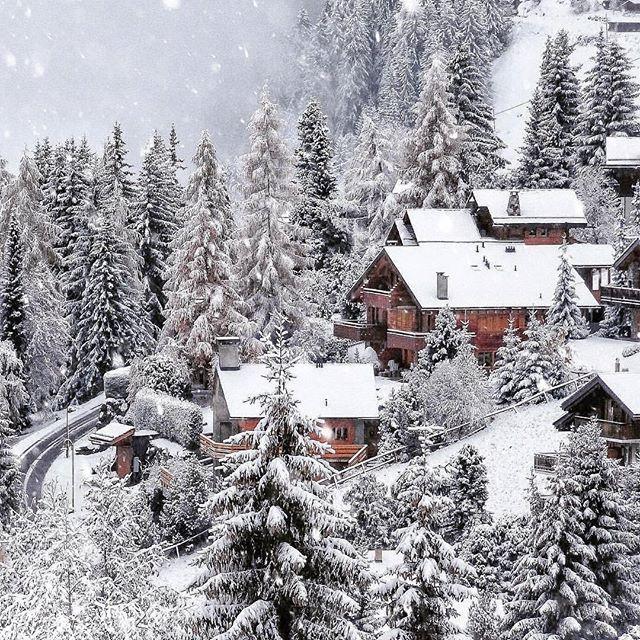 Свадьба - Hotels & Resorts