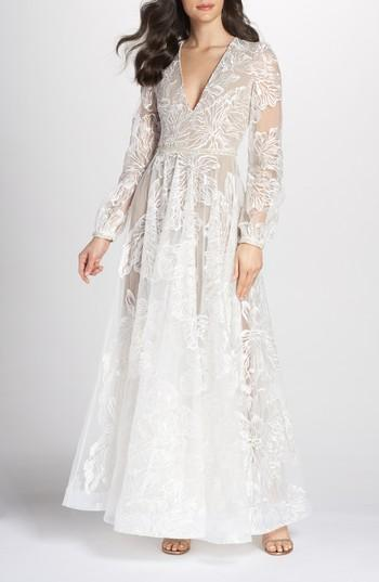 زفاف - Bronx and Banco Bohemian Gown