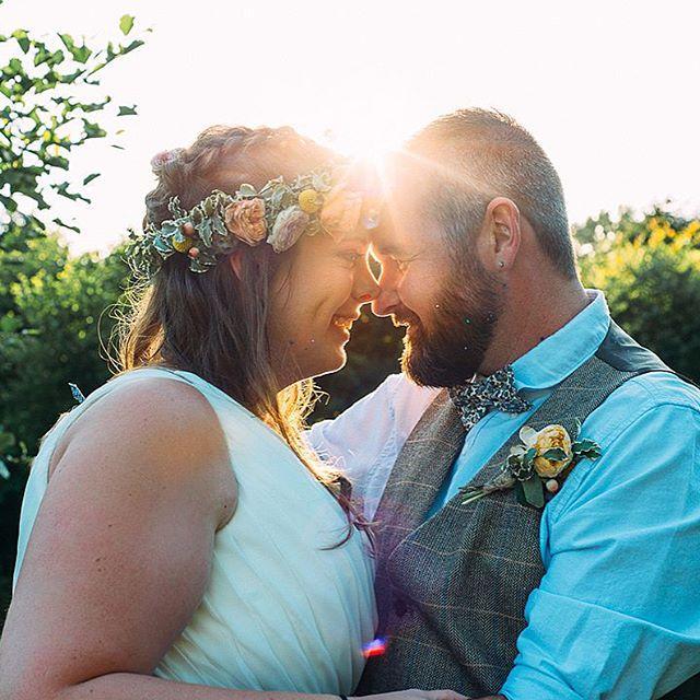 زفاف - Laura, Clare + Roxy
