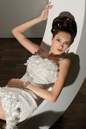 زفاف - Demetrios - Young Sophisticates