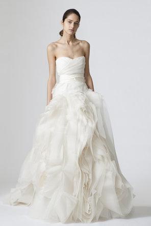 زفاف - عرس تقليدي فيرا وانغ فستان