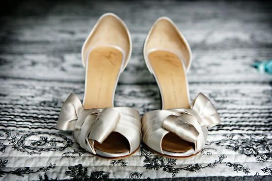 timeless design 40eb4 15490 Schuh - Brautschuhe - Heels #796618 - Weddbook